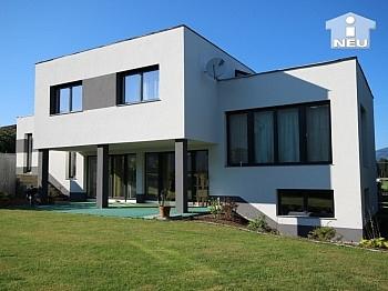 Neues, modernes Niedrigenergiehaus Nähe Feldkirchen