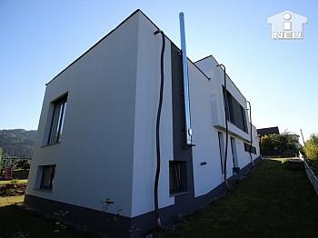 Fensterfronten Kellerbereich Abstellkammer - Neues, modernes Niedrigenergiehaus Nähe Feldkirchen