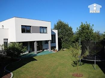 Wohnraumbelüftung aussagekräftigem Halbstockbauweise - Neues, modernes Niedrigenergiehaus Nähe Feldkirchen