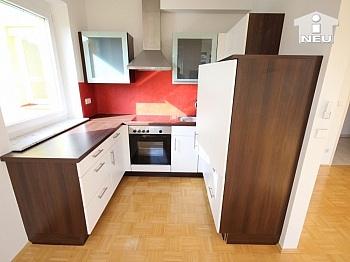Küche sonnendurchflutetes Kunststofffenster - Neuewertige schöne 3 Zi Wohnung in Viktring