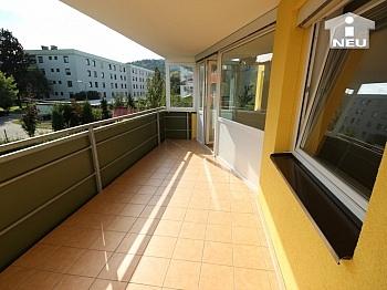 Tiefgaragenplatz Fliesenböden Fernbedienung - Neuewertige schöne 3 Zi Wohnung in Viktring