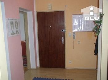 Schlafzimmer Kellerabteil Abstellraum - 2 Zimmer Stadtwohnung - Bahnhofsnähe