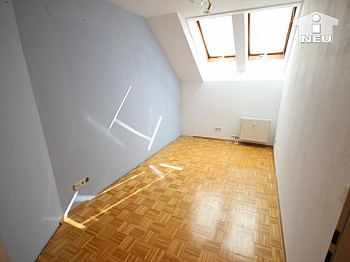 deckenhoch Fernwärme Penthouse - Charmante 3 Zi Wohnung in Waidmannsdorf - Mozartstrasse