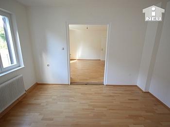 restauriert Aufstockung Grundsteuer - Neu saniertes Zweifamilienhaus in Klagenfurt