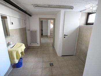 Diele Billa Kanal - Neu saniertes Zweifamilienhaus in Klagenfurt
