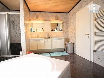 Waschtisch Fertighaus Heimeliges - Heimeliges Einfamilienhaus mit Pool in Welzenegg