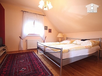 Nebenräume Wohnbereich gestalteten - Heimeliges Einfamilienhaus mit Pool in Welzenegg
