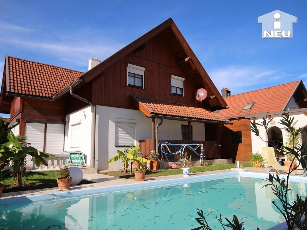 heimeliges einfamilienhaus mit pool in welzenegg neuhauser immobilien. Black Bedroom Furniture Sets. Home Design Ideas