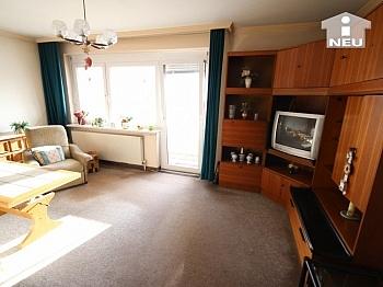 Fliesenböden Schlafzimmer ausreichende - Helle 2 Zi Wohnung in der Heinrich-Heine-Gasse