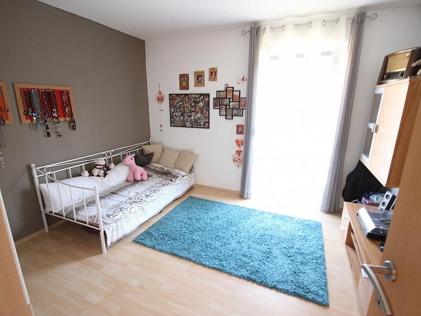 -Neuwertiges schönes Wohnhaus in Maria Rain