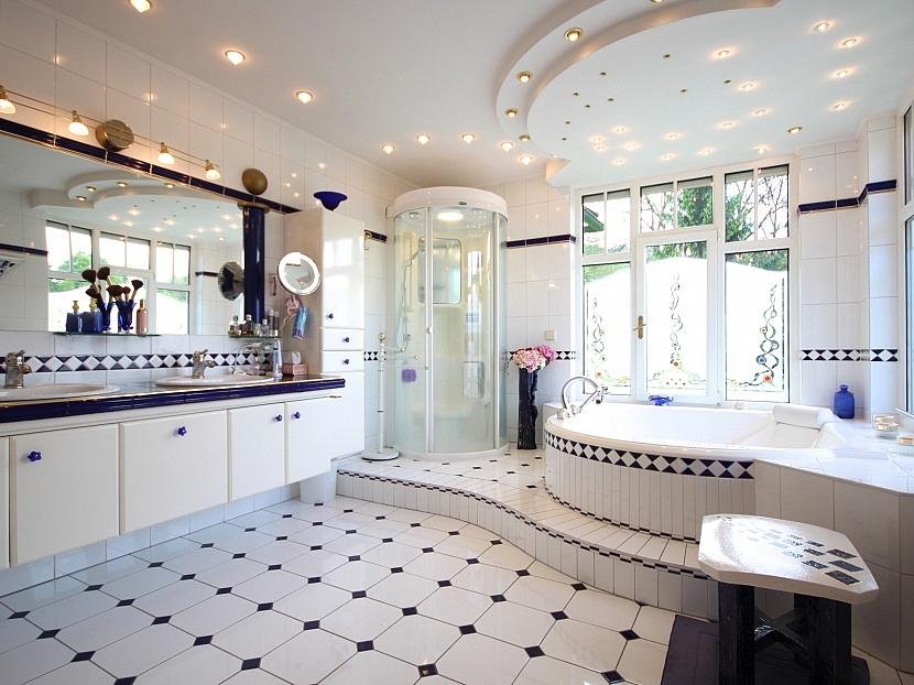 -Badezimmer Haupthaus